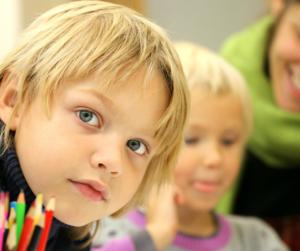 Pagelle: è giusto premiare i figli per i risultati scolastici?